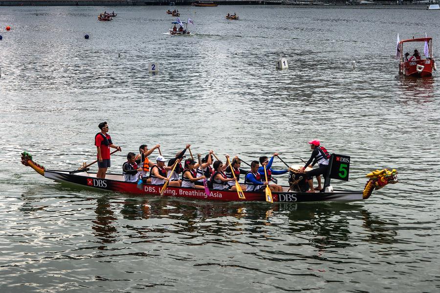 Dragon-Boat-DBS-Regatta-2015-02
